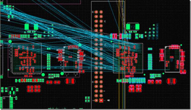 在上一步中点击OK后完成的DDR零件组的复用(图中右边部分为复用后的,左边部分为原先已做好的模版部分),可以看到复用后的DDR零件组和原先作为模板的DDR零件组的布局是一模一样的。 4.从上图可以看到,复用后的DDR零件组位置变了,需要将它移回原来的位置(左边BGA的上面),与左边小系统对齐放置。通过元件坐标和移动命令来完成。